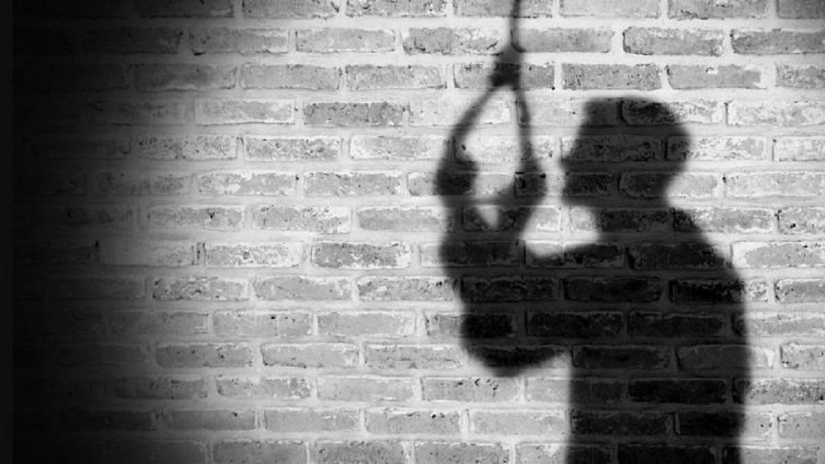 #Rajkot - યુવતીને જીવન ટૂંકાવવા મજબૂર કરનાર 6 પૈકી એક શખ્સે લોકઅપમાં કર્યો આપઘાતનો પ્રયાસ