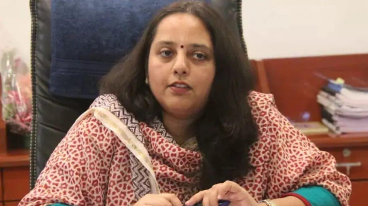 #Rajkot - 16 જાન્યુઆરીથી વેકસીનેશન માટે વહીવટી તંત્ર સજ્જ, બર્ડ ફલૂને લઈને પણ એલર્ટ પર છીએ : કલેક્ટર