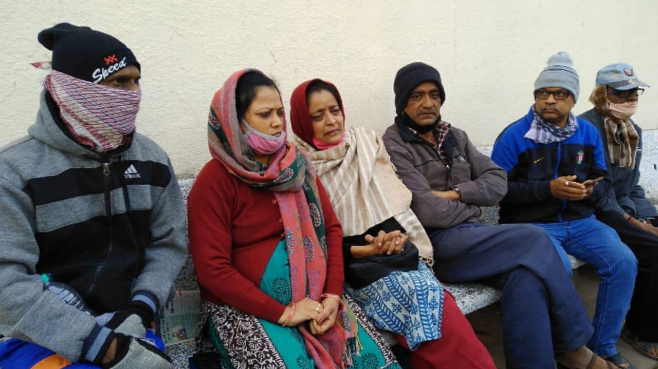 #Rajkot - હોસ્પિટલ અગ્નિકાંડમાં જીવ ગુમાવનારનાં પરિવારનો આક્રંદ, કહ્યું - સ્ટાફનાં કોઈને શા માટે કાંઈ ન થયું ?