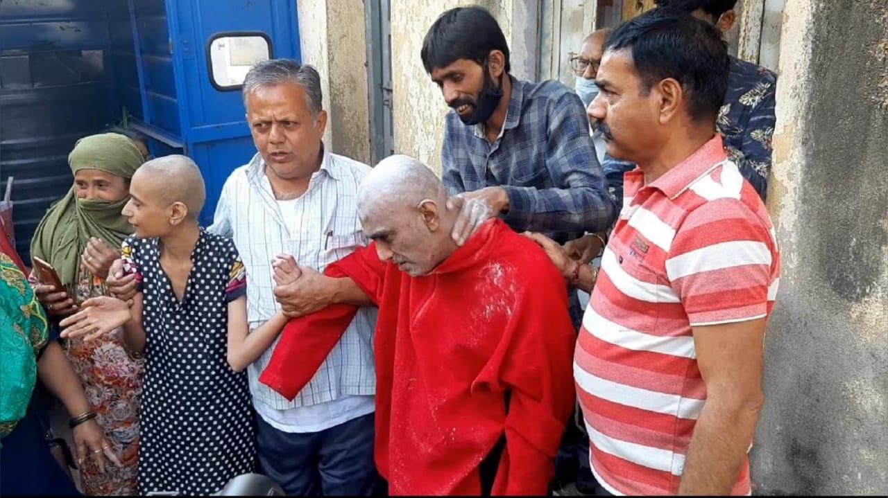 #Rajkot- સુશિક્ષીત સંતાનોને રૂમમાં પુરી રાખવા મામલે પિતાની શંકાસ્પદ ભૂમિકા, 10 દિવસ બાદ અમારી ટીમ ત્રણેયનો કબ્જો લેશે : જલ્પાબેન પટેલ