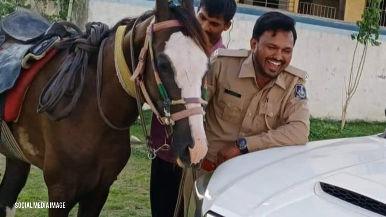 #Vadodara - તોડબાજ કોન્સ્ટેબલ રમેશ ગલસર 1 દિવસના પોલીસ રિમાન્ડ પર, IPS અધિકારી જેવો રોફ જાડવા કયા બે લોકોને સાથે રાખતો, જાણો
