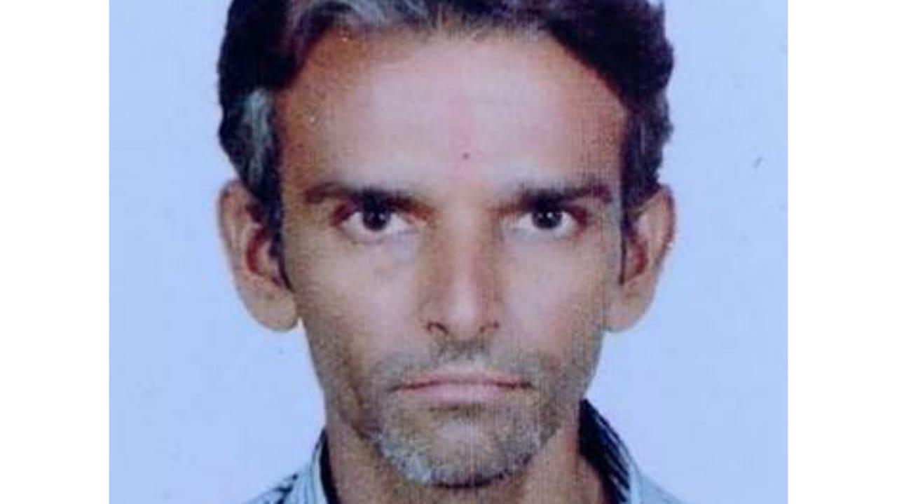 Rajkot - ઉતરાયણના 18 દિવસ પહેલા જ પતંગની દોરીએ જીવ લીધો : મિસ્ત્રીકામ કરી ઘરે પરત ફરી રહેલા યુવકનું દોરીથી ગળું કપાયું