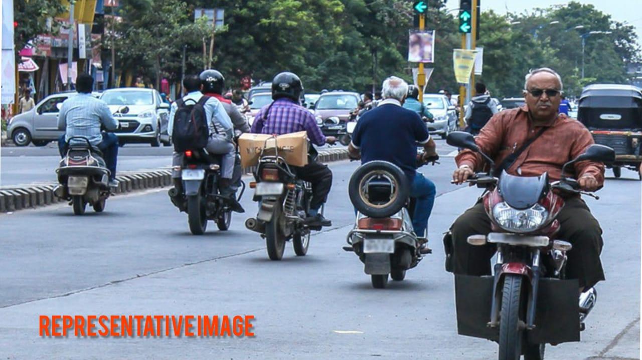 #Surat - રોંગસાઈડ ડ્રાઈવિંગ અને વાહન ચલાવતી વખતે મોબાઈલમાં વાત કરશો તો લાયસન્સ સસ્પેન્ડ થશે