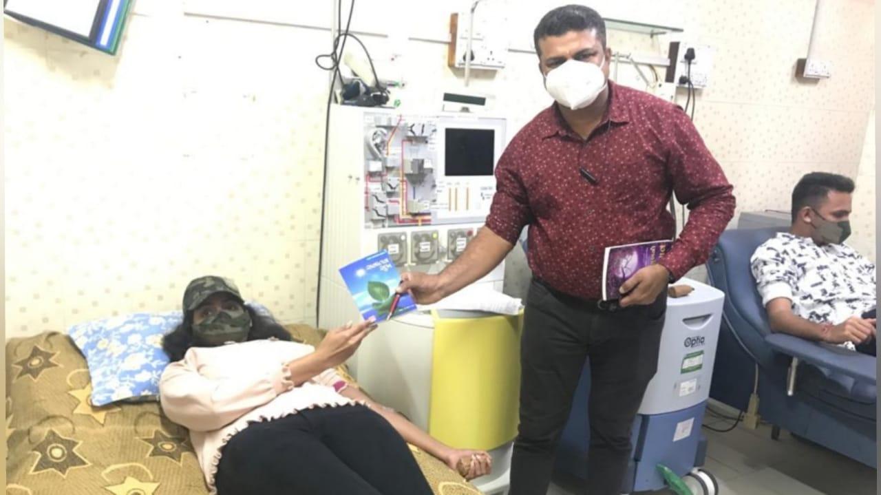 #Surat - રક્તદાન મહાદાનના સુત્રને સાર્થક કરતા સિવિલ હોસ્પિટલના કર્મયોગી સિક્યુરિટી ગાર્ડ