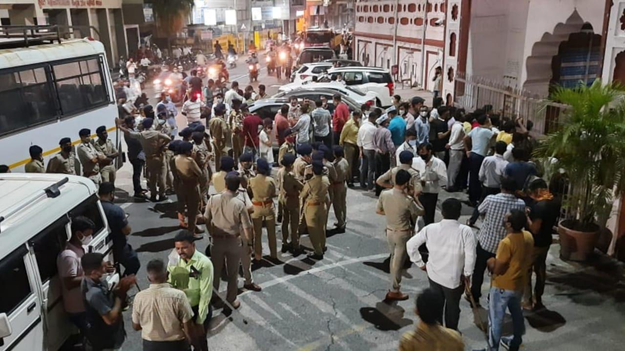 Gujarat, Surat Palika Compalints Against AAP Corporators