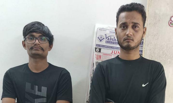 Gujarat, Rajkot police arrested 2 accused in theft vehicle scam