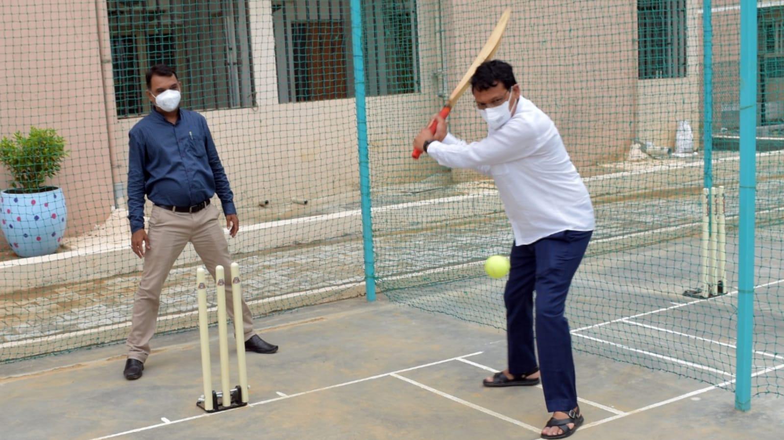 Gujarat State Minister Ishwar Patel